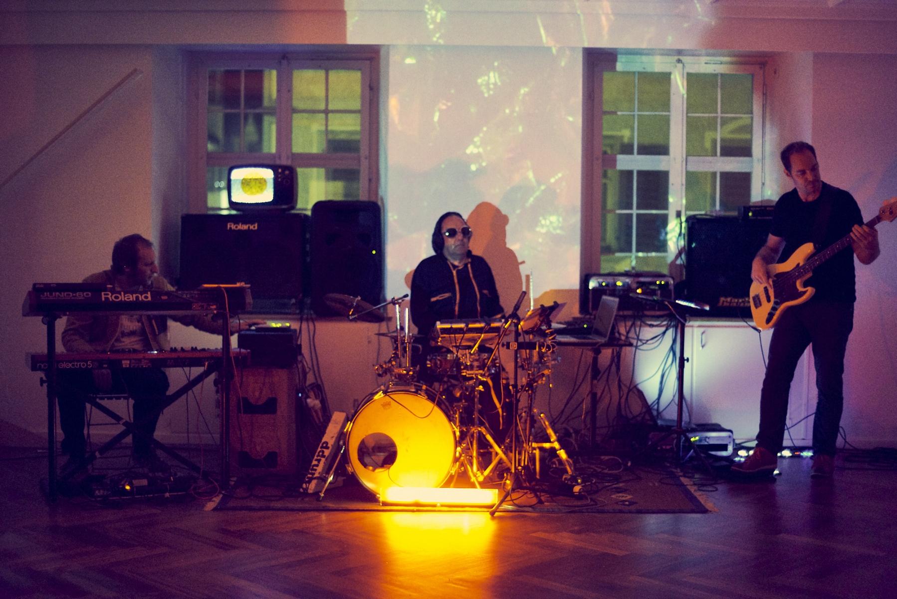 Mr. Ray und The Robots  Rathaus für Kultur